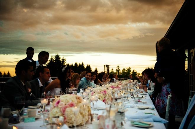 Gorgeous long wedding table