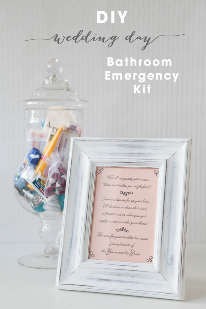 DIY Wedding // How to make a bathroom emergency kit + free sign printables!