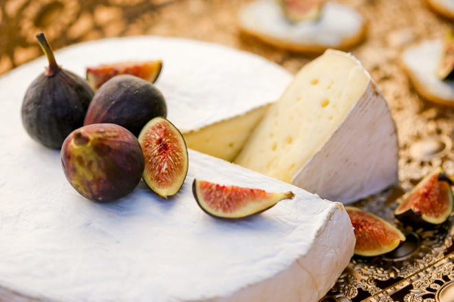 Goat cheese and fig appetizers