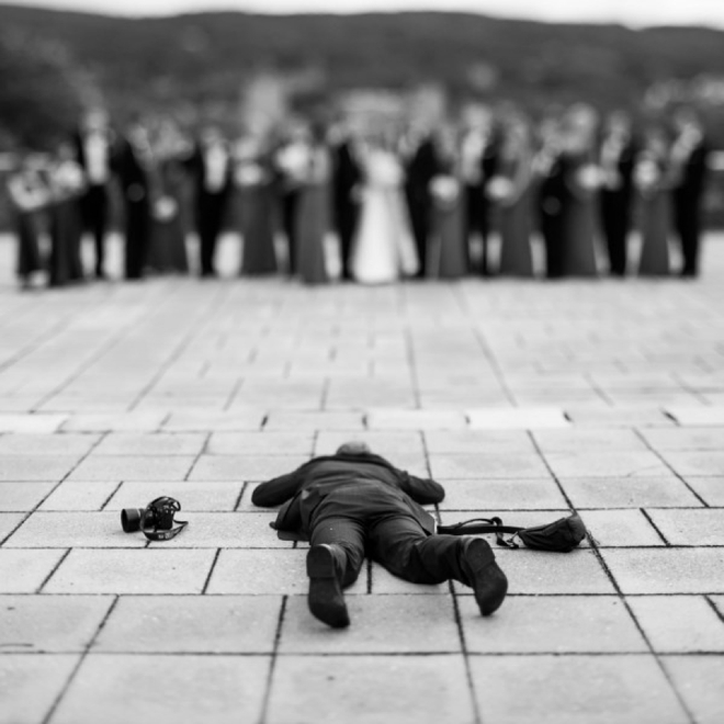 Wedding photographer working in hard