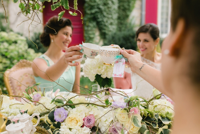 Check Out This Darling Vintage Inspired Bridal Shower Tea Party