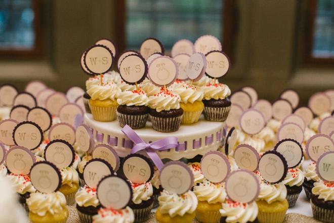 DIY wedding cupcake toppers