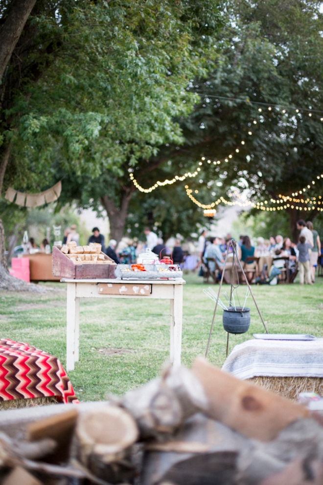 Keep Cozy, wedding s'mores bar