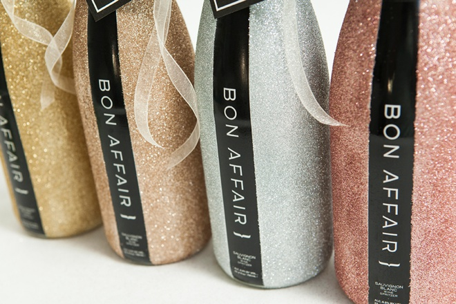 Super pretty glittered Bon Affair bottles - perfect for the morning of your wedding!
