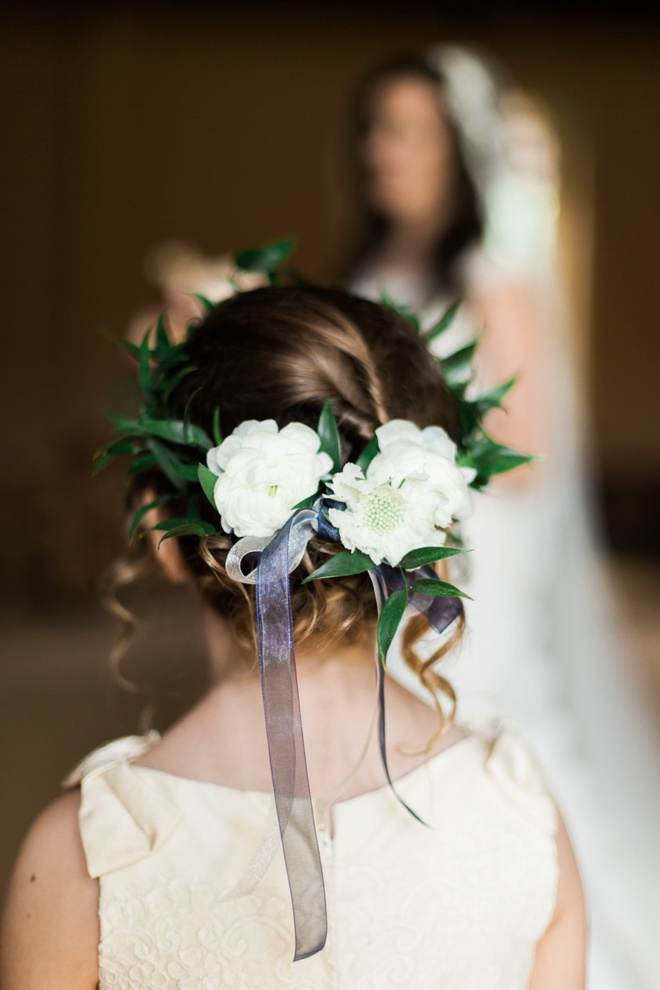 Adorable flower girl hair style.