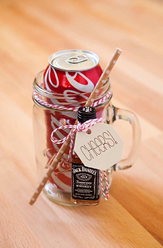 How to make your own mason jar cocktail gifts, Run and Coke!