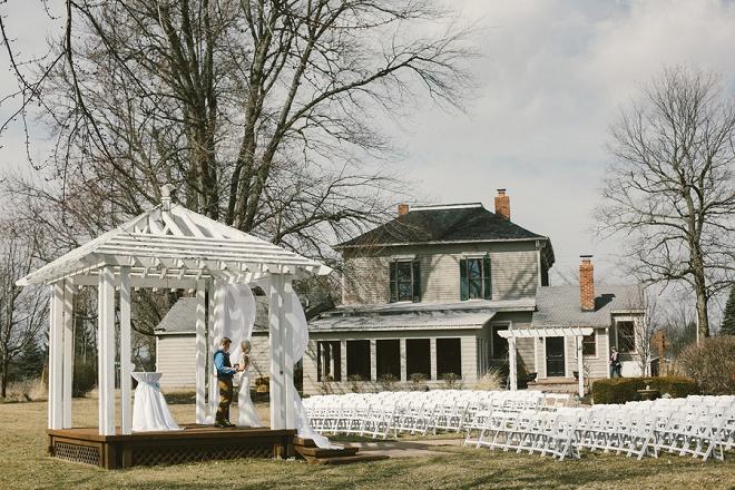 We love this darling rustic wedding!