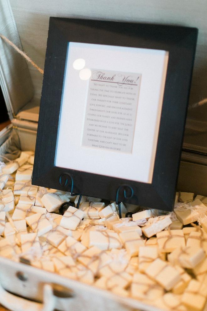 We're loving these DIY wedding favors!