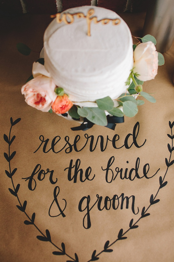This cake darling cut-cake is reserved for the bride and groom!