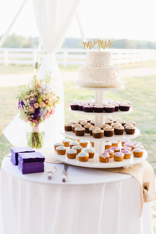 How gorgeous is this cake and cupcake tower? Love!