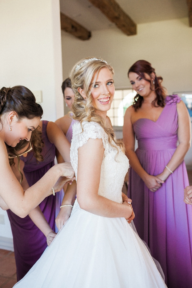 How fun is this Bride and Bridesmaid getting ready shot?! Loving it!