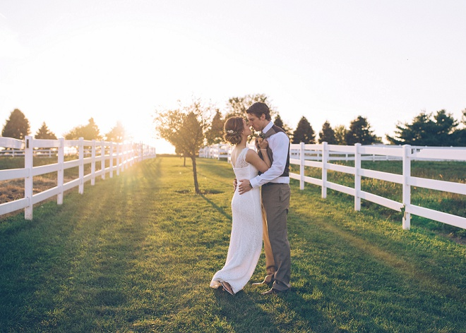 How stunning is this Bride and Groom?! Their barn wedding was one for the books!