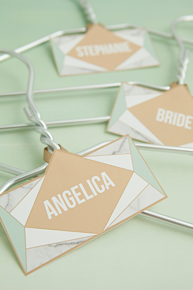 FREE printable and editable bridal party hanger tags in a modern wedding theme!