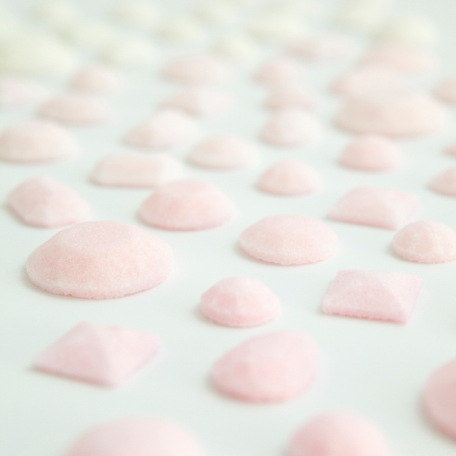 This is the best recipe and tutorial for making gemstone sugar cubes!