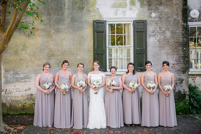 We love the colors of this gorgeous Bridal parties dresses!