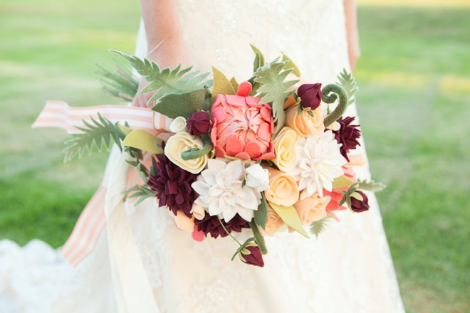 How to make the most gorgeous felt flower wedding bouquet ever!