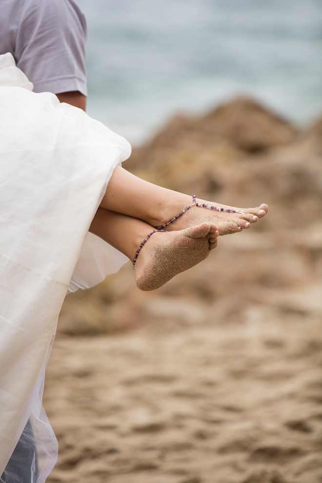 How to make your own adorable, barefoot beach wedding sandals!