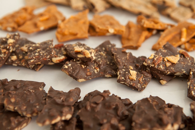 We've got the best chocolate bark recipes and it's so easy a 5 year old could make it!