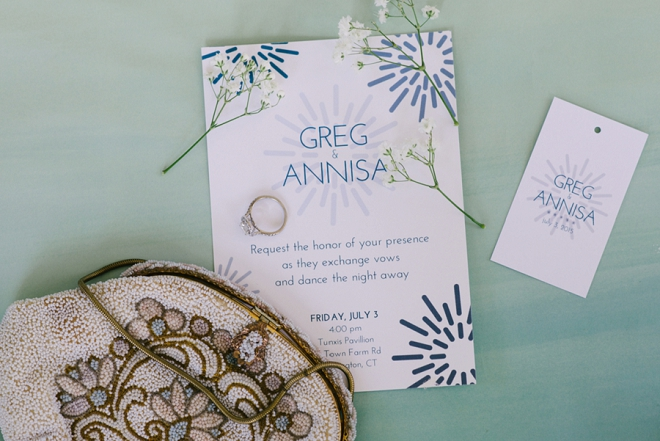 We love these custom designed invitations by the Bride!