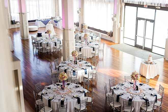 How stunning is this St. Louis reception?! LOVE!