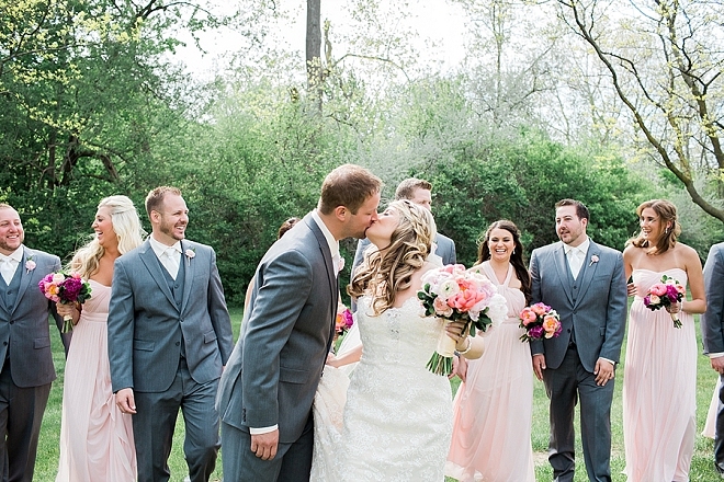 We love this Bride Groom and their super cute bridal party!
