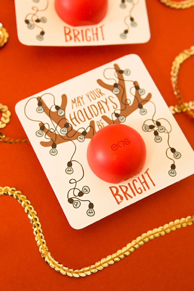 These are just the cutest DIY EOS lip balm holiday gifts!