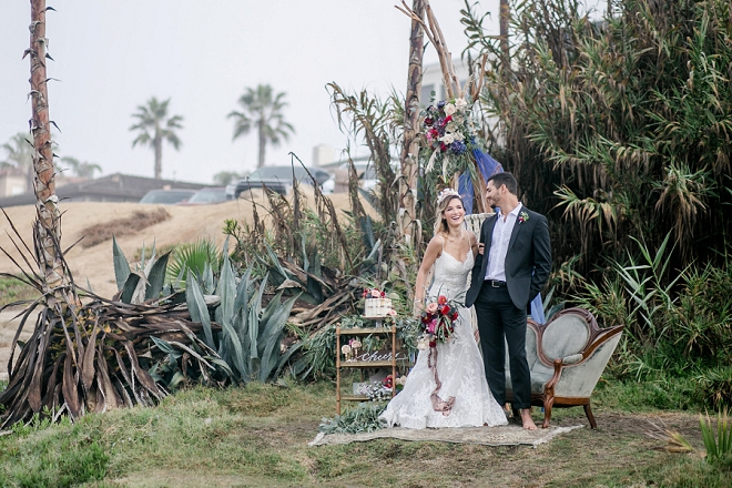 We're loving this styled wedding at the beach!