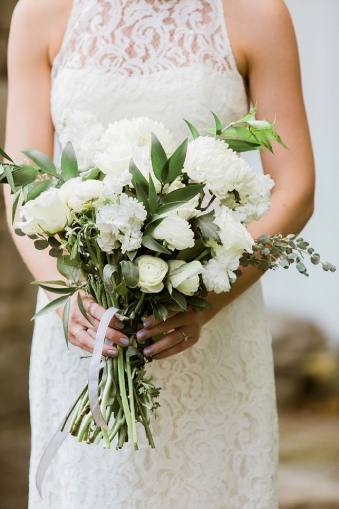 Check out this stunning green and white bouquet!