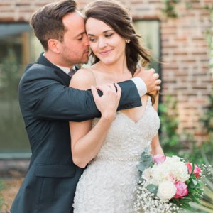 We are SO in LOVE with this super cute couple and their amazing DIY wedding!
