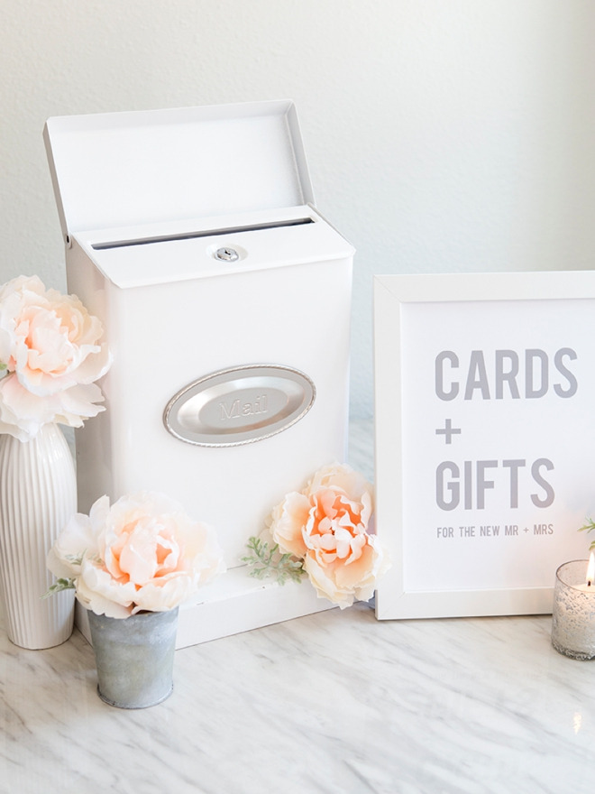 You HAVE To See This Adorable DIY Mailbox Card Box For Weddings!