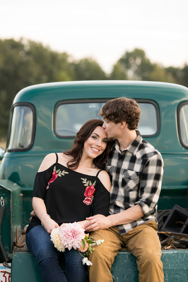 We're crushing on this darling rustic engagement session snap!