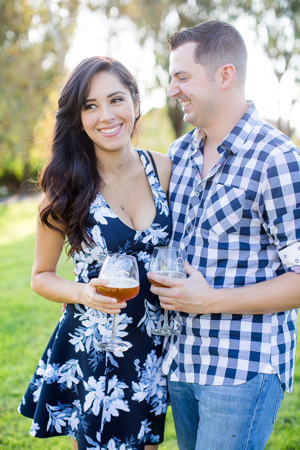 How darling is this engagement session?! LOVE!