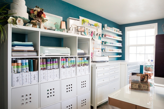 Wow, this is truly a dream craft room!