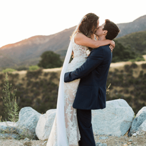 We're in LOVE with this California couple's stunning handmade wedding!