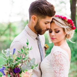 Crushing on this gorgeous boho secret garden styled wedding on the blog now!