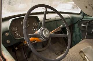 Old-Car-City-84