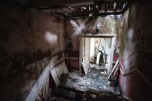 Skinburness-Hotel-stairs-3