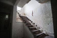 Skinburness-Hotel-stairs-4