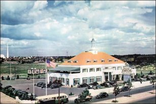 The Howard Johnson's in Queens was once the largest roadside restaurant in the United States