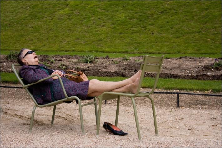 sleeping on grass old woman-ის სურათის შედეგი