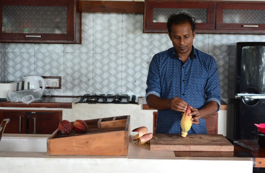 indika cooking banana flower