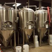 spangalang-brewery-fermenters
