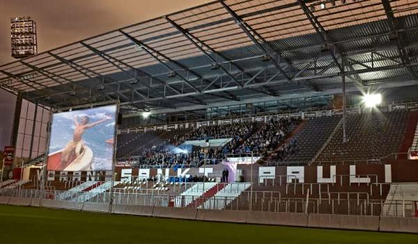 Filmnächte am Millerntor - Open Air Kino im St. Pauli Stadion
