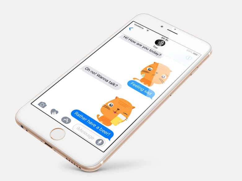 Mockup-Oji-Momo stickers iMessage iOS 10