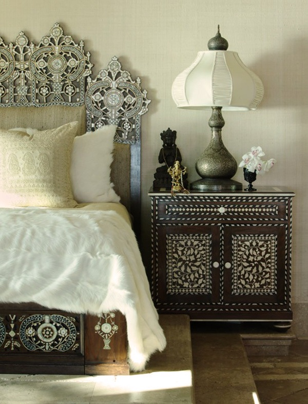 Gorgeous Moroccan bedside lamp