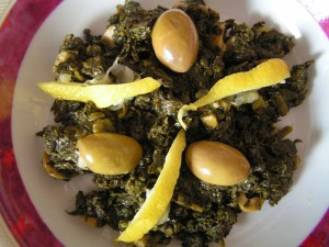 Moroccan Spinach Salad Bakoula.  Photo via joanno.e-monsite