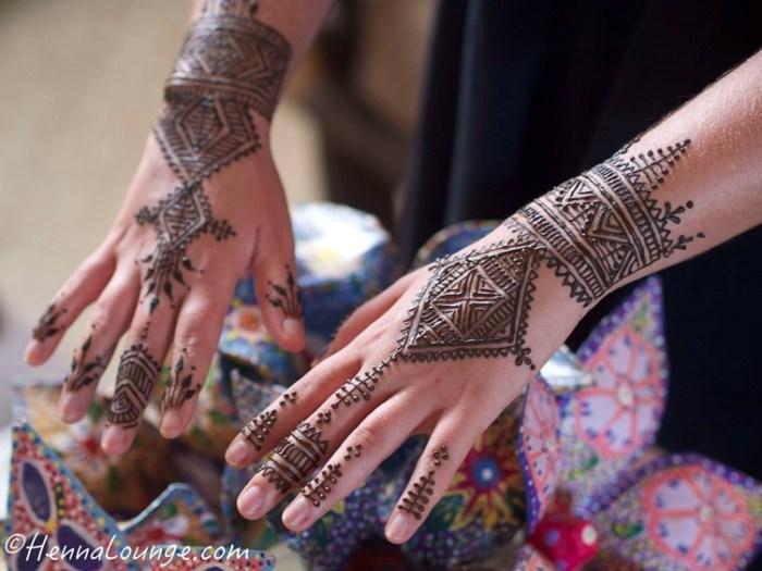geometric-mehndi-henna-lounge