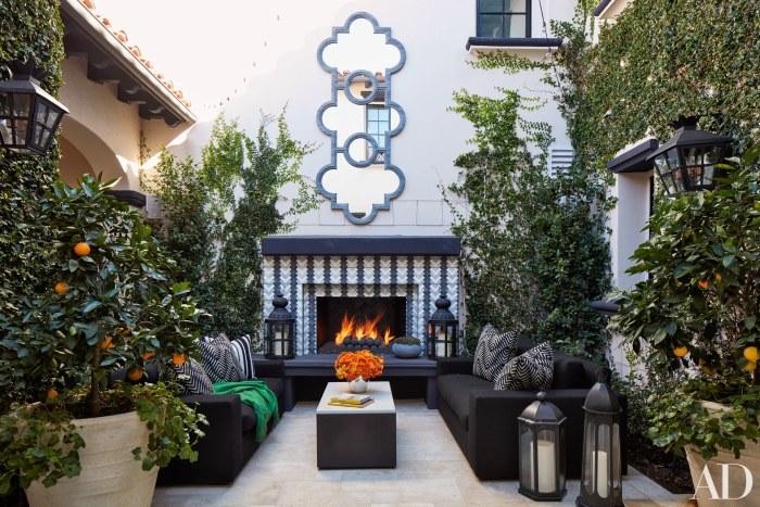Khloe Kardashian Home's Courtyard