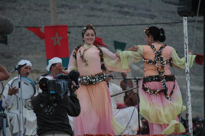Berber Women Dancing at Imlchil Wedding Festival, Atlas Mountains. Photo: zakaria Elqotbi, Flickr