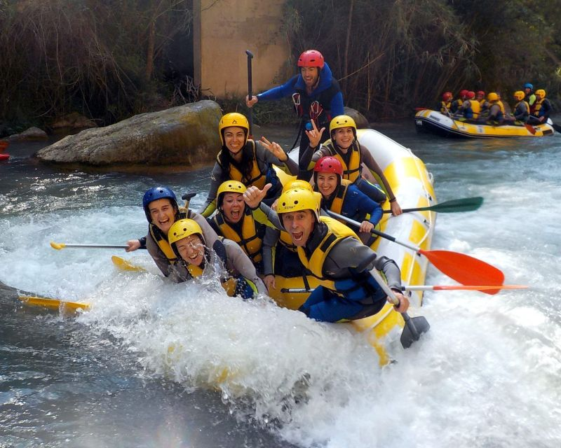 Rafting Montanejos Surfeando Victor 2
